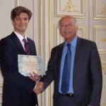 Remise du prix au Docteur Olivier Thaunat